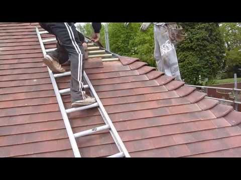 Re-roofing (my) your house:Measuring and laying bonnet tiles (www.gare.co.uk/roof)