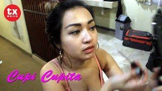 Yuk !!! Intip Cupi Cupita sedang makeup di Ruang Ganti