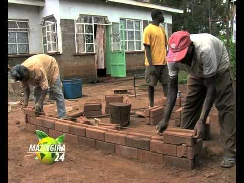 BUILDING CHEAP - INTERLOCKING SOLUTIONS _OTINDO.mov