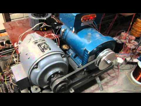 Two phase synchronous motor