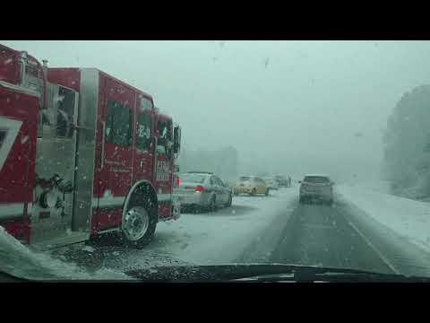 Atlanta snowpocalypse 2017 - wreck on GA 61