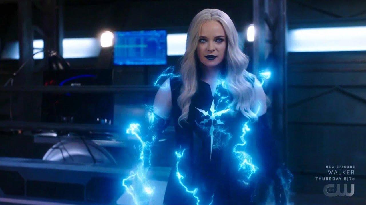 The Flash 7x02 Barry vs Velocity x Killer Frost