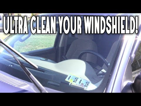 CLEANING WITH RUBBING ALCOHOL! HOW TO CLEAN YOUR WINDSHIELD, WINDOWS, MIRRORS, AND CAR