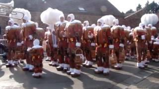 Carnaval Grand-Reng - Les Réguénaires et leurs Dames 2015