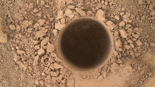 The STRANGE DEEP Hole on Mars That NO ONE Can Explain