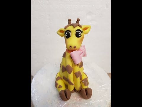 Making a giraffe cake topper
