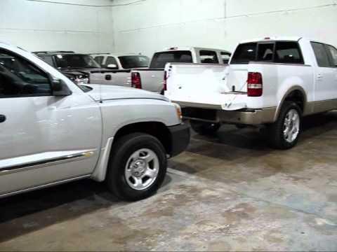 D&M Auto Leasing Texas - indoor lease return showroom  1-877-308-2158