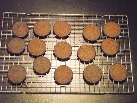 How to make spiced sable cookies
