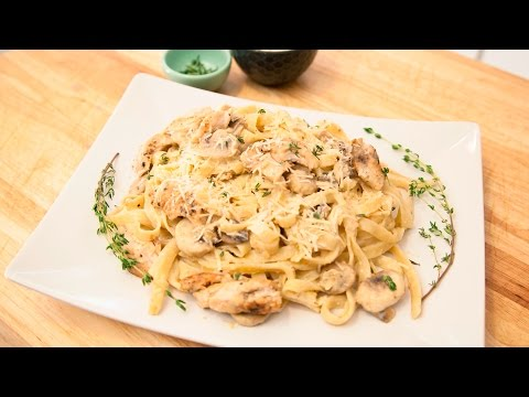 HOW TO MAKE CHICKEN FETTUCCINE ALFREDO PASTA