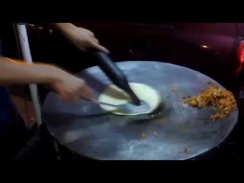 How to make Egg Roll - Street food of India
