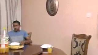Download Вот, что делает Шайтан, когда Вы перед едой не говорите БиссмилЛях1! Video