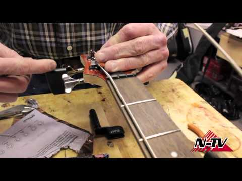 DIY - How to Change Your Bass Guitar Strings