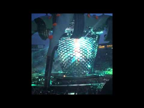 U2 / Zooropa & City of blinding lights (Iphone4)