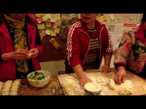 How To Make Chinese Dumplings In Xi'an, China  (Authentic Chinese Dumpling)