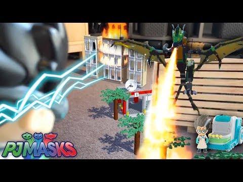 PJ Masks Romeo's LEGO Dragon Fire Attack (Disney Junior)