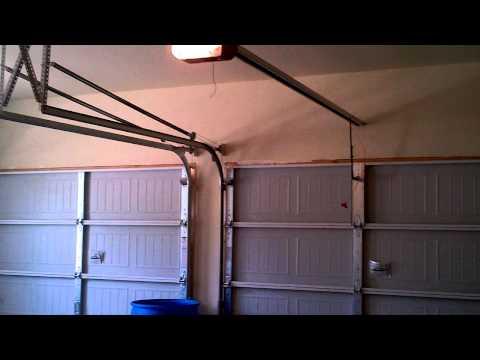 Overhead Door Standard Drive 650 garage door opener