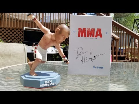 Dan Henderson MMA Bobblehead Unboxing.  Hand Crafted Dan Henderson Bobblehead.