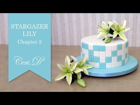 Stargazer Lily #2 | Tiling the Cake