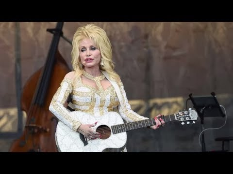 Dolly Parton Credits Her 52-Year Marriage to Faith | Southern Living