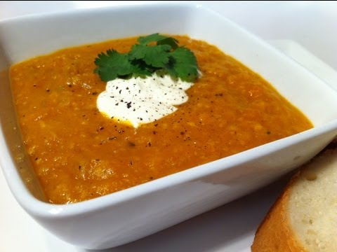 HOW TO MAKE DELICIOUS SPICY PUMPKIN SOUP