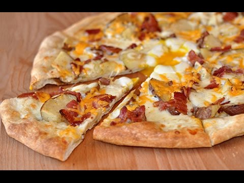 How to: Make a Potato, Bacon and Egg pizza PIY