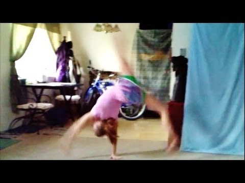 How To Do A Tinsica (Similar To A Front Walkover) With Coach Meggin!