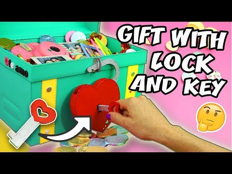 MAKE A GIFT WITH LOCK AND KEY - TREASURE CHEST CARDBOARD | aPasos Crafts DIY
