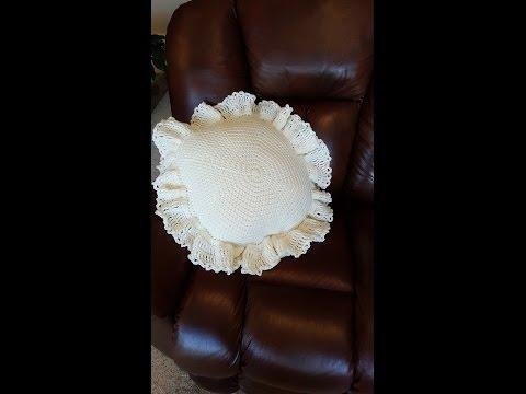 Crochet Pillow Cover and Pillow DIY Tutorial