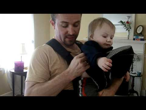 How to take a baby out of a Baby Bjorn Carrier