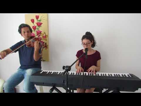 Cake - Melanie Martinez por Clara Ferreira e Ivan Almeida