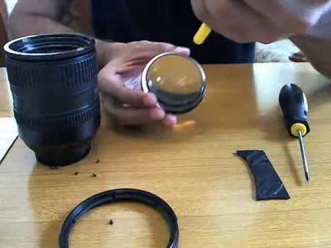 Removing dust from the Nikon 18-200mm VR Lens