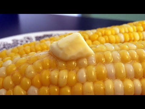 Recipe: No mess, 4-minute corn on the cob in the microwave