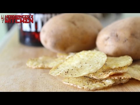Crunchy Microwave Potato Chips / Potato Crisps / Potato Wafers | Headbanger's Kitchen Hacks