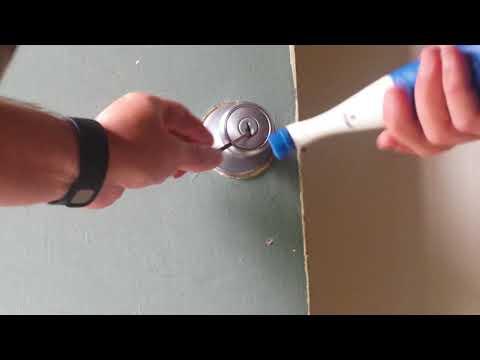 (75) Sonic Scrubber electric pick gun!