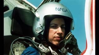Ellen Ochoa 2017 U.S. Astronaut Hall of Fame Inductee