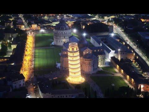 La Luminara di Pisa, piazza dei Miracoli e altre perle della costa toscana viste dall'alto