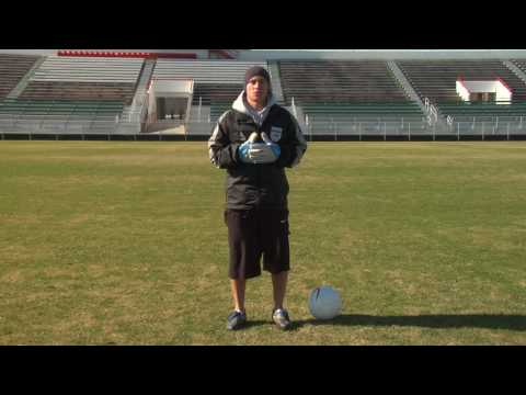 Soccer Moves & Tips : How to Improve Your Agility
