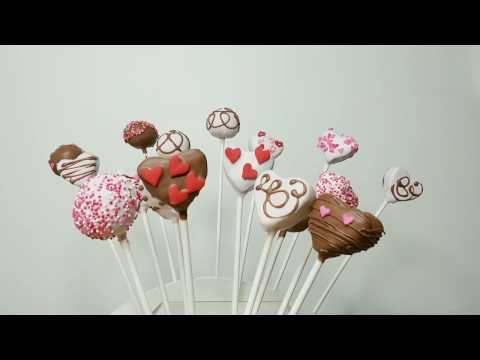 Heart shaped cakepops, vegan GF chocolate cake/ Spanish subtitle