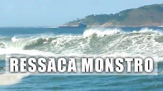 Ressaca monstro: ondas invadem ruas e casas - Vlog SURFE TV #35