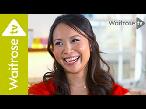 Ching's Chinese Sauces | Sizzling Black Bean Beef With Noodles | Waitrose