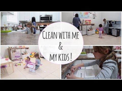 CLEANING WITH MY KIDS!