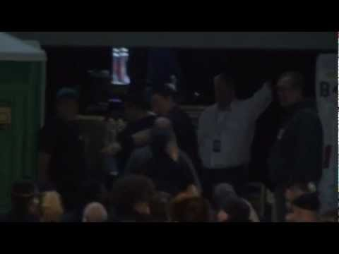 Bruce Springsteen backstage in Vienna 12.07.2012  Teil 1