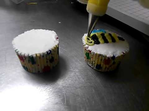 How To Make Two Bee Cupcakes