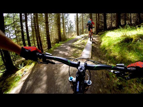 WHEELS ON THE GROUND IN SCOTLAND | Mountain Biking the Glentress Forest near Peebles