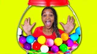 Shasha BUBBLE GUM CANDY CHALLENGE! - Shiloh and Shasha - Onyx Kids