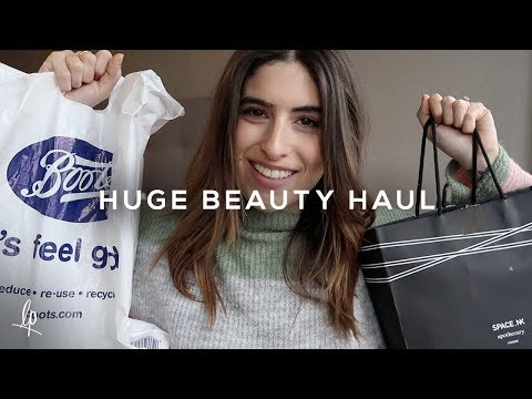 HUGE BEAUTY HAUL & FIRST IMPRESSIONS ft. Fenty & Charlotte Tilbury | Lily Pebbles