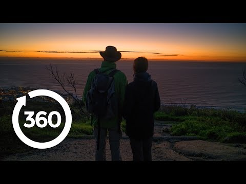 Soak Up a Cape Town Ocean Sunset | Cape Town, South Africa 360 VR Video | Discovery TRVLR
