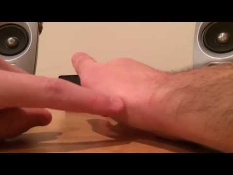 How to crack your thumb