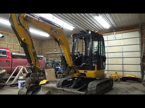 JCB mini excavator review