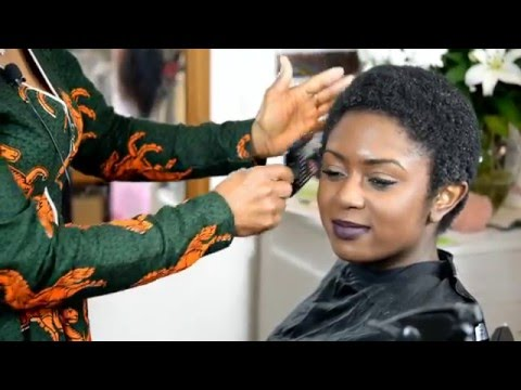 HOW TO COMB OUT TIGHT AFRO HAIR